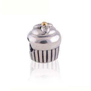 Pandora Charm Cupcake